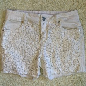 Philosophy white denim shorts with flower lace